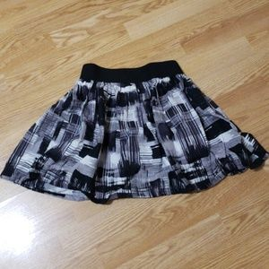 Forever 21, Black, gray and white skirt. Size XS.